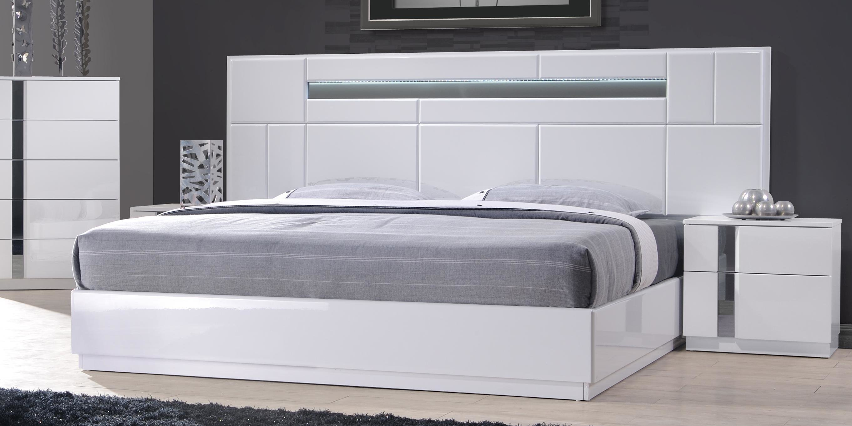 Best Monte Carlo King Size White Lacquer Chrome 5Pc Bedroom Set W Light Ebay With Pictures