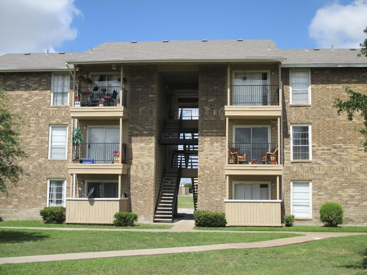 Best All Bills Paid Apartments In Grand Prairie Tx Legacy Point With Pictures