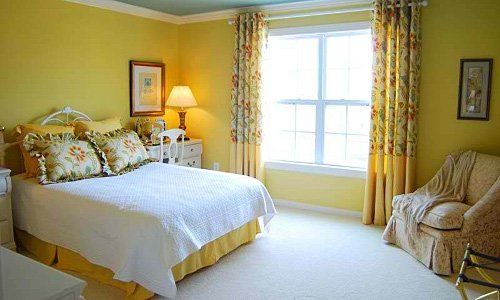 Best 22 Beautiful Yellow Themed Small Bedroom Designs With Pictures