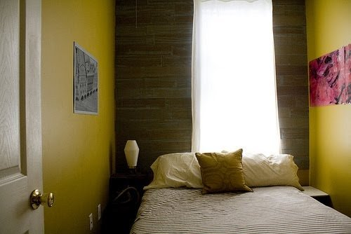 Best Decorating A Small Bedroom How To Decorate A Really With Pictures