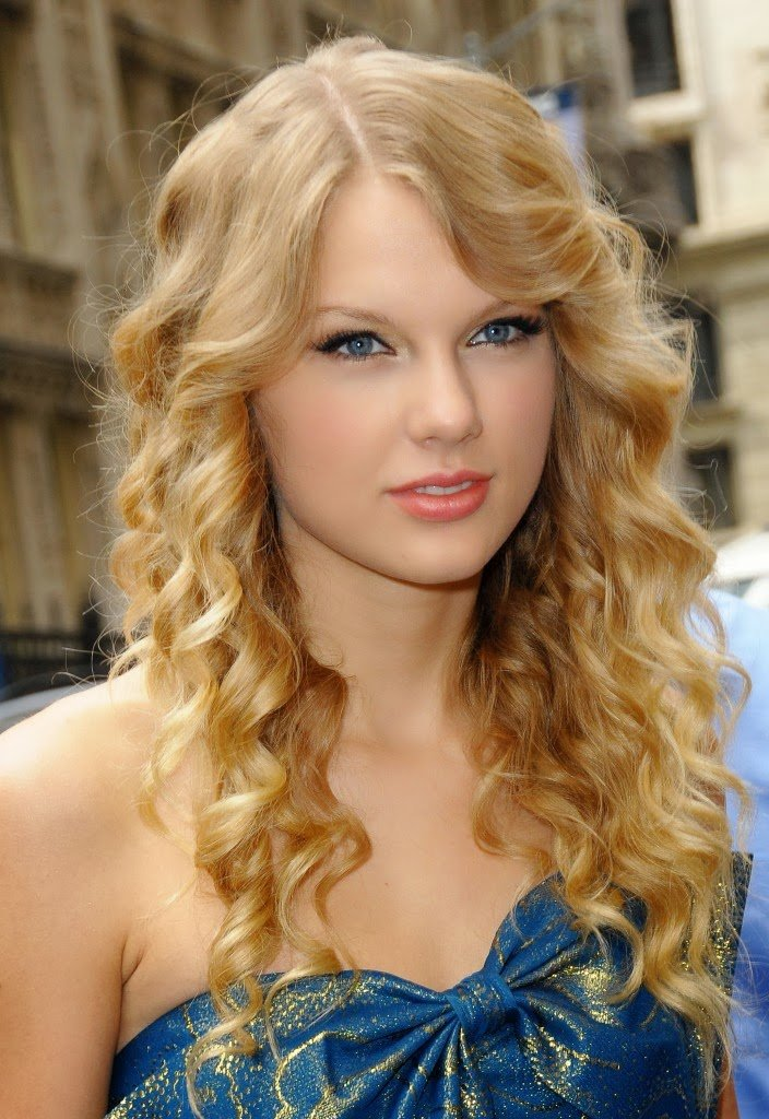 Free Taylor Swift Profile And Latest Photos 2013 14 World Wallpaper