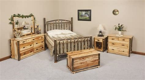 Best Amish Rustic Cabin Hickory Wood Wagon Wheel Bedroom With Pictures