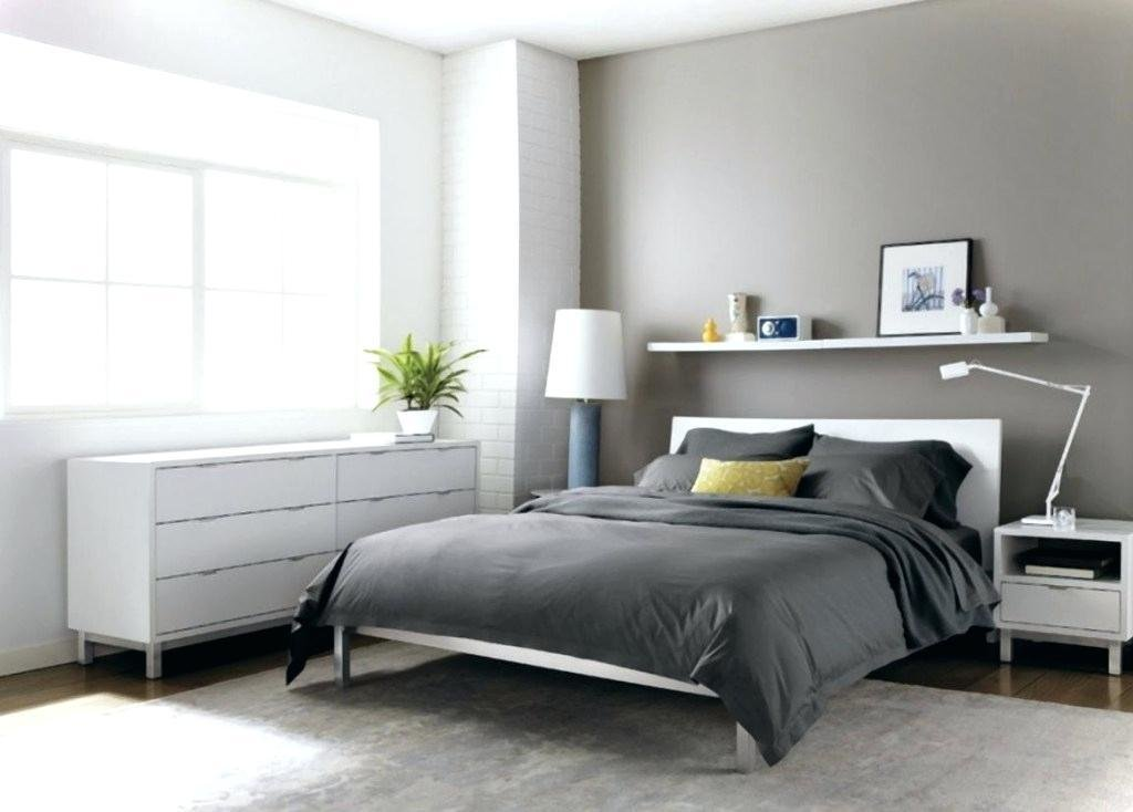Best According To Vastu Colors For Bedroom With Pictures ...