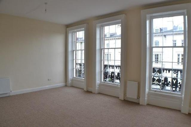 Best 1 Bedroom Studio Flat To Rent In Back Canning Street With Pictures Original 1024 x 768