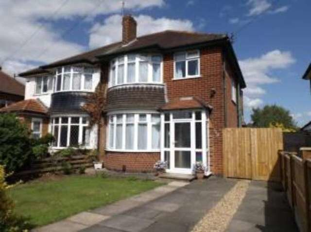 Best 3 Bedroom Semi Detached House For Sale In Stonehill Avenue With Pictures