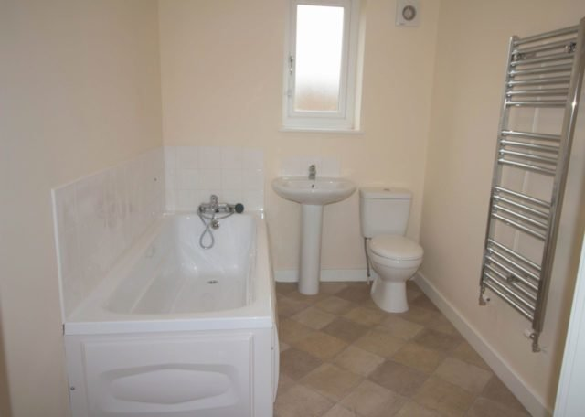 Best 1 Bedroom Flat To Rent In Eaglesfield Drive Bradford Bd6 With Pictures