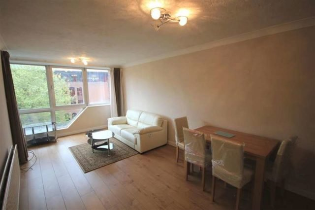 Best 1 Bedroom Flat To Rent In Crane Wharf Reading Rg1 With Pictures