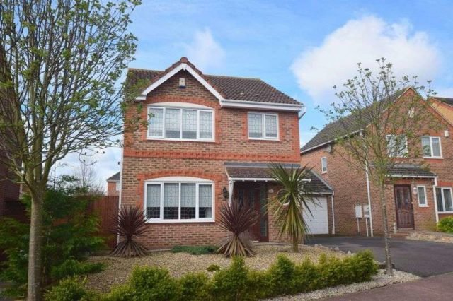 Best 3 Bedroom Detached House For Sale In Cornwall Grove Bletchley Milton Keynes Mk3 With Pictures