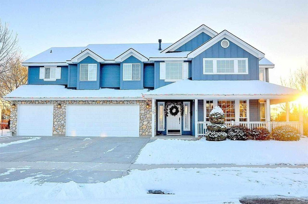 Best 6 Bedroom Homes For Less Than 500 000 Zillow Porchlight With Pictures
