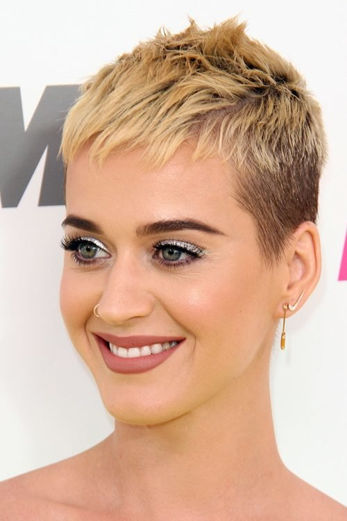 Free Katy Perry S Hairstyles Hair Colors Steal Her Style Wallpaper