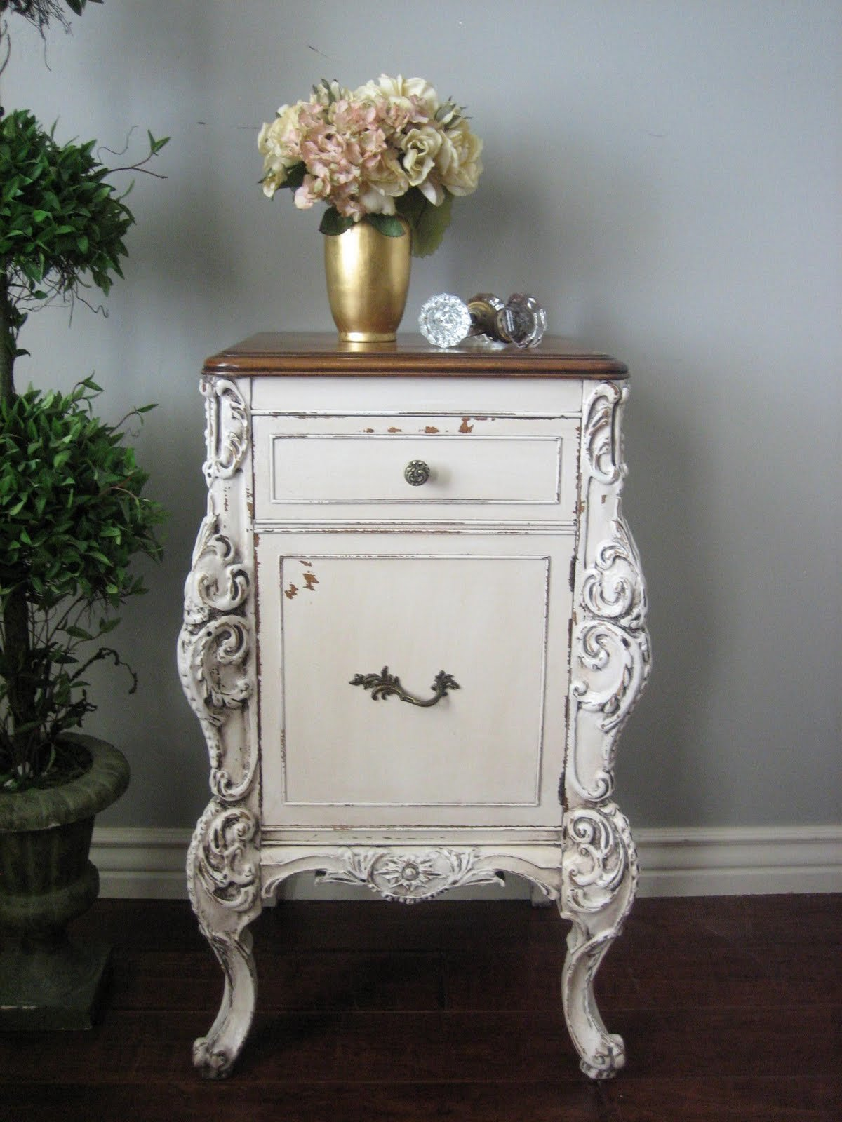 Best European Paint Finishes Ornate Bedroom Set With Pictures