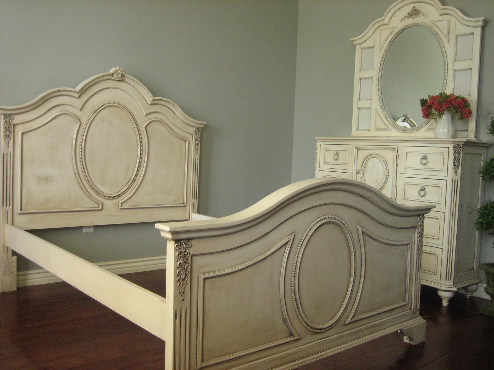 Best European Paint Finishes Shabby French Bedroom Set With Pictures