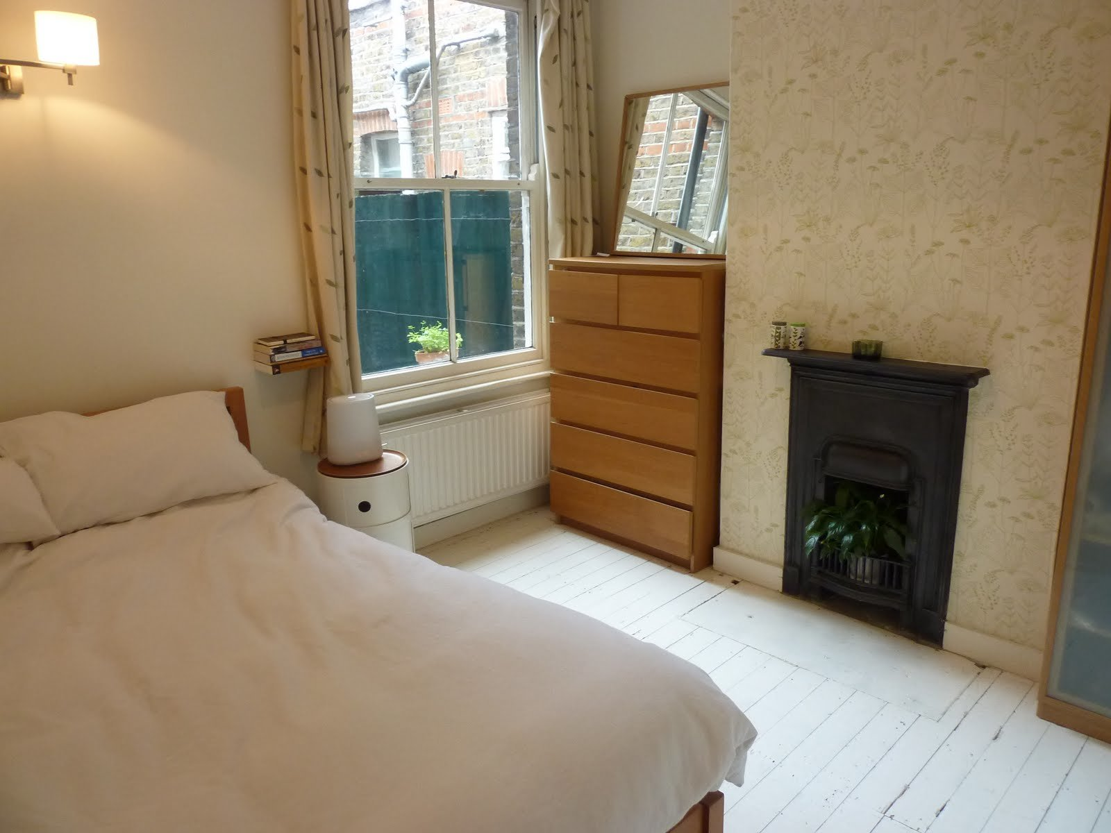 Best Sold Two Bed Warner Flat Walthamstow E17 With Pictures