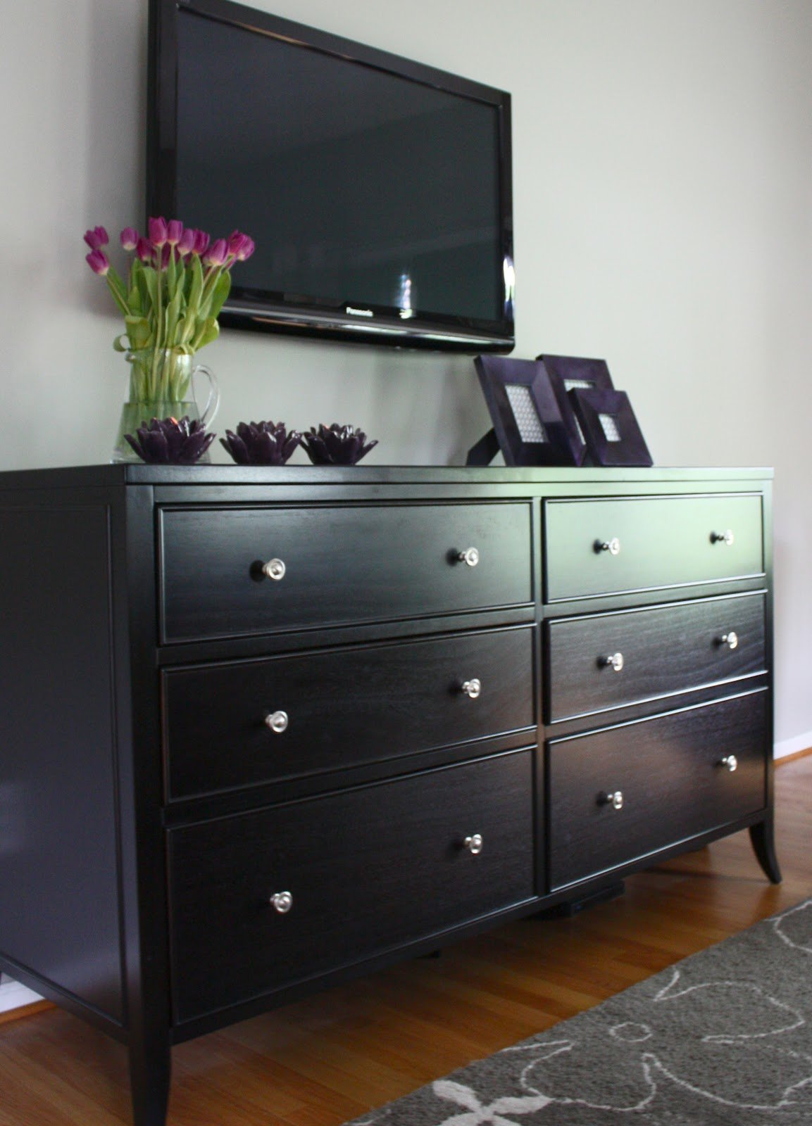 Best The Yellow Cape Cod Dramatic Master Bedroom Makeover With Pictures