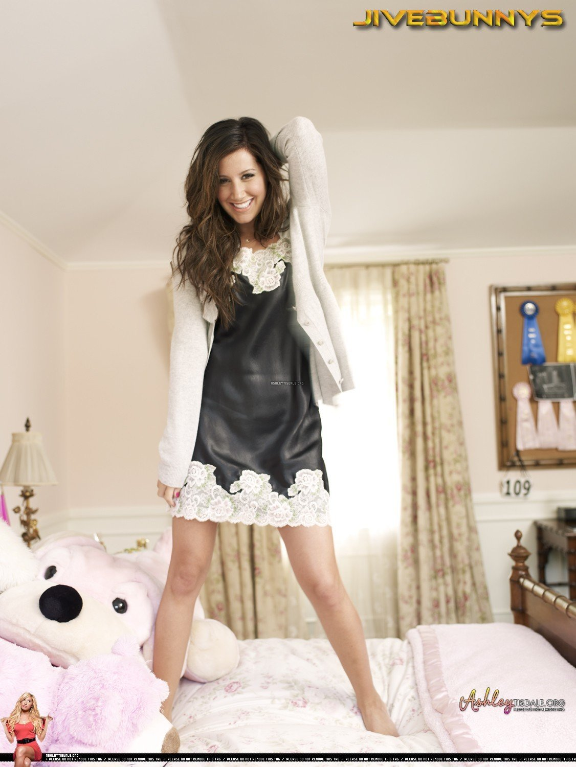 Best Maryeve Dufault Ashley Tisdale In Cute And Sweet Modern With Pictures