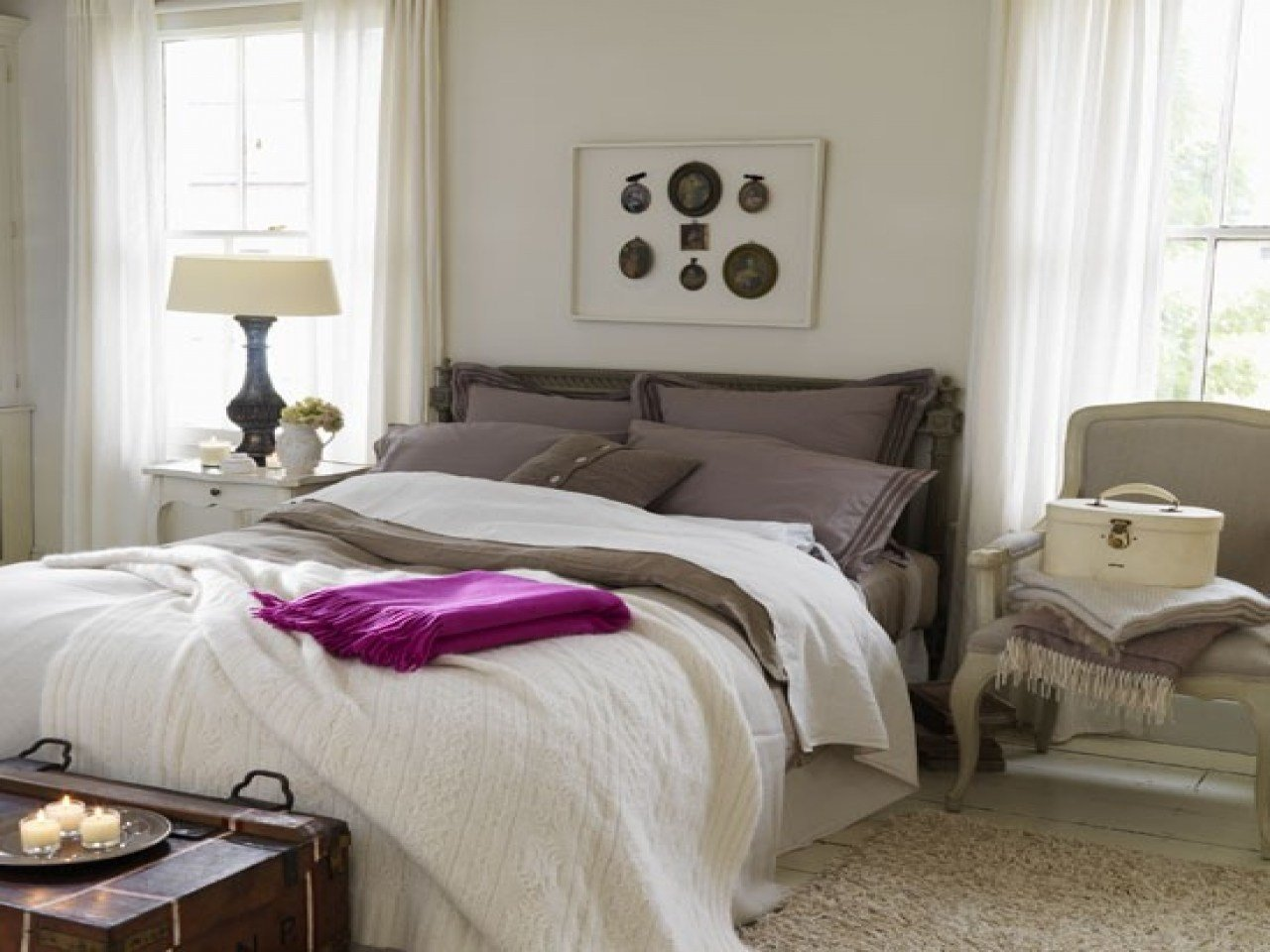 Best Relaxing Bedroom Furniture Decorating Ideas Housetohome With Pictures
