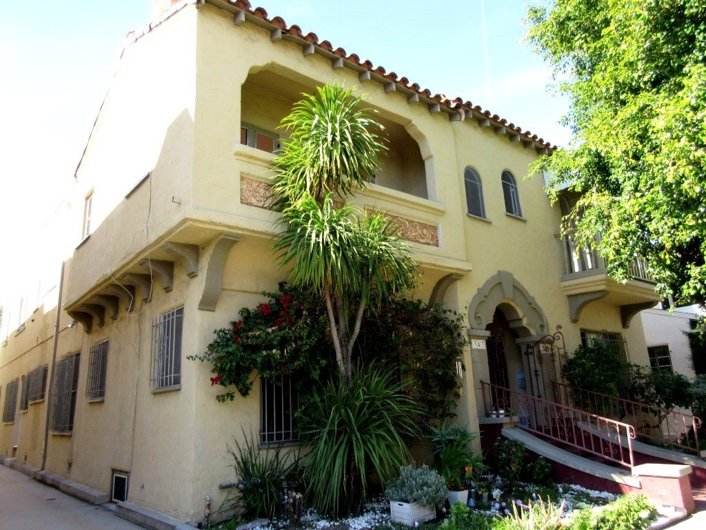 Best 2 Bedroom Apartment For Rent In The Grove West Hollywood With Pictures