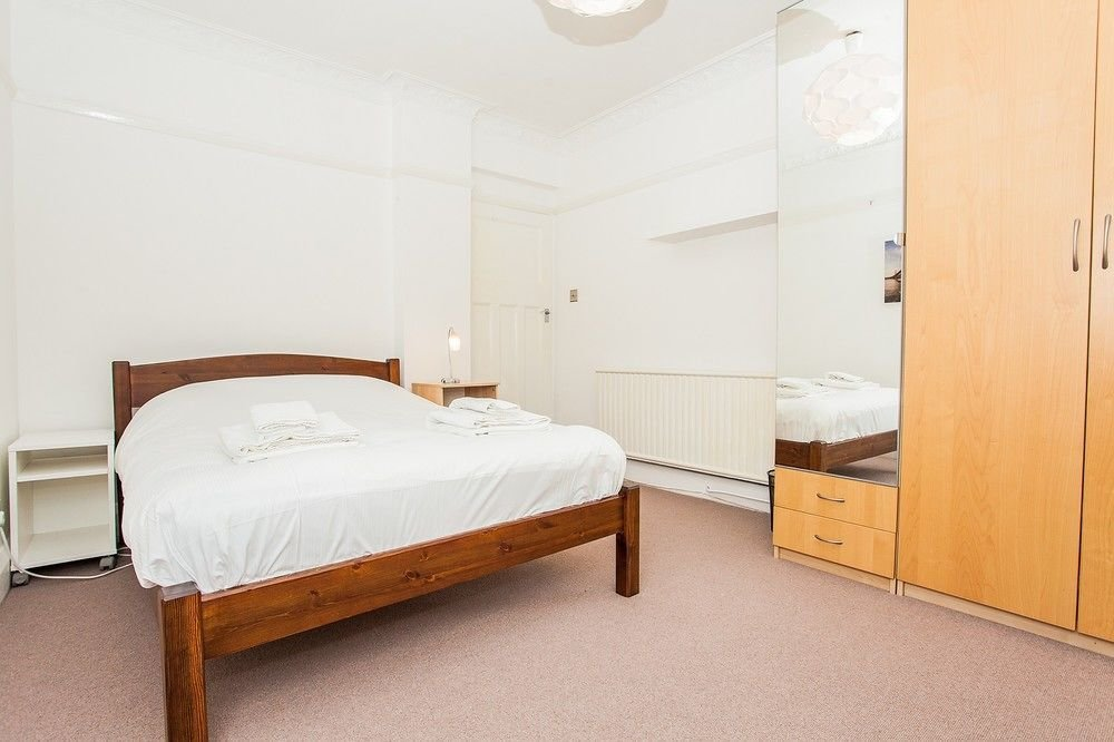 Best Spacious Bedroom Flat In North West London Room Prices With Pictures