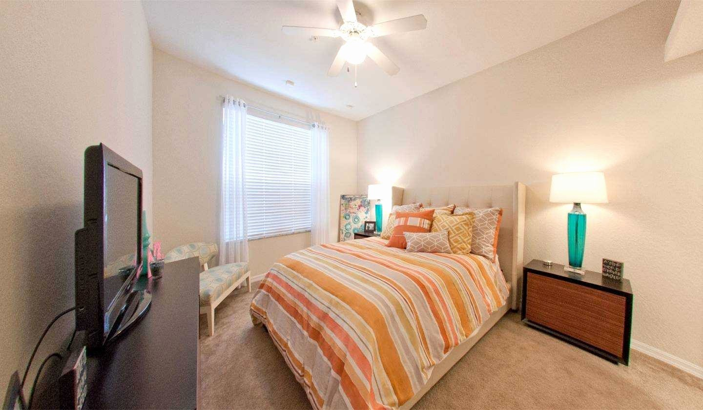 Best Awesome Bedroom Apartments Gainesville One Fl Apartment With Pictures