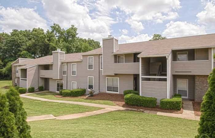 Best Live Charlestowne Apartments Augusta Ga Apartment Finder One Bedroom In Style Garden Harvest With Pictures
