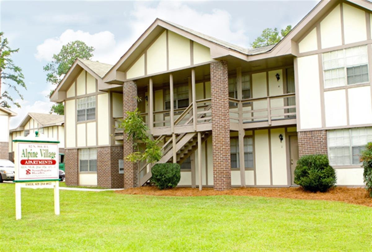 Best Alpine Village Apartments Apartment In Hattiesburg Ms With Pictures