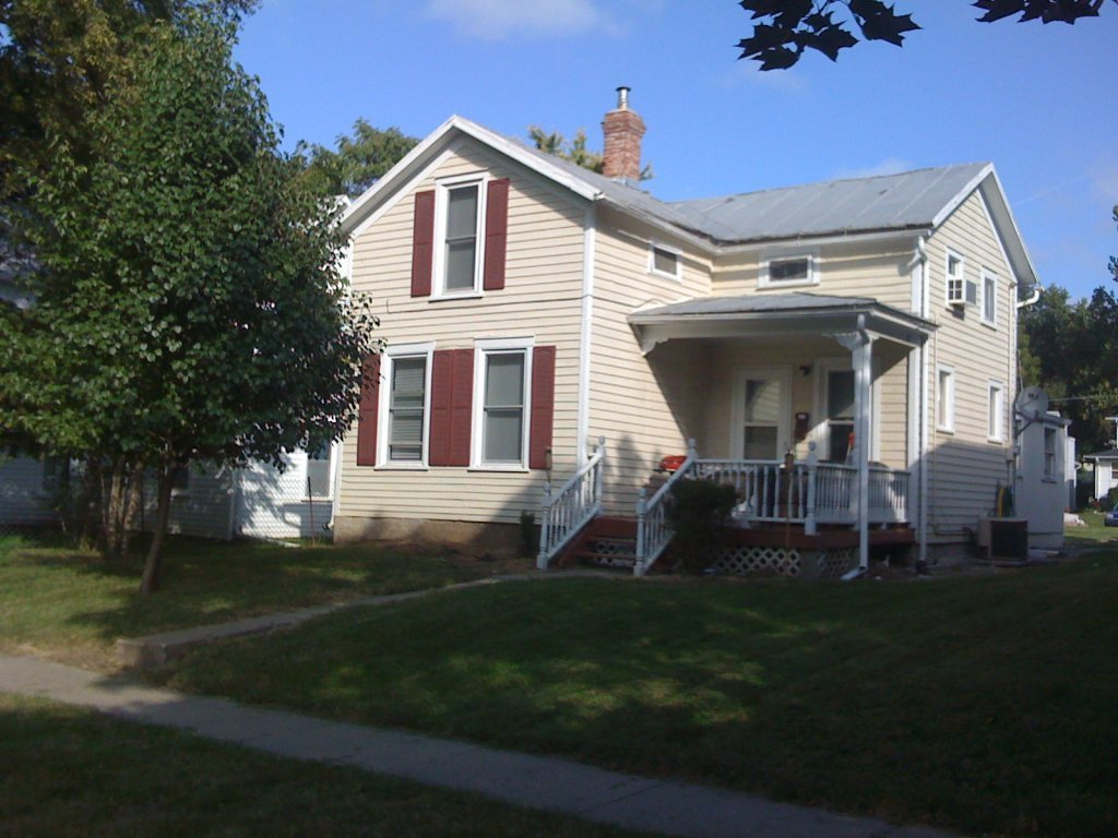 Best House For Rent In 944 Davenport Iowa City Ia With Pictures