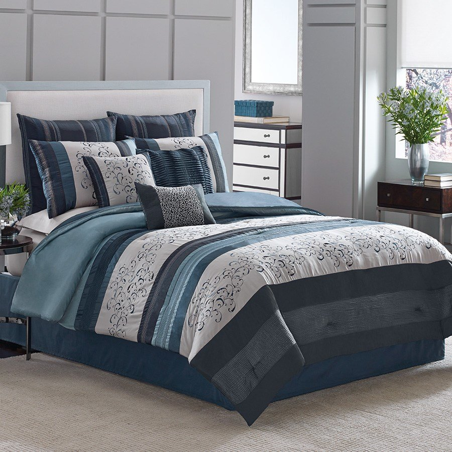Best Manor Hill Lana Complete Bed Set From Beddingstyle Com With Pictures