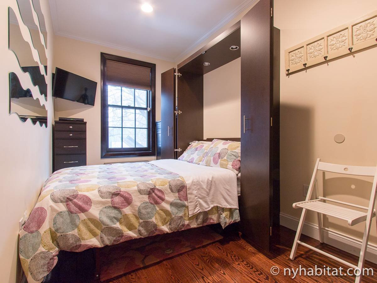Best New York Accommodation 2 Bedroom Apartment Rental In Long With Pictures