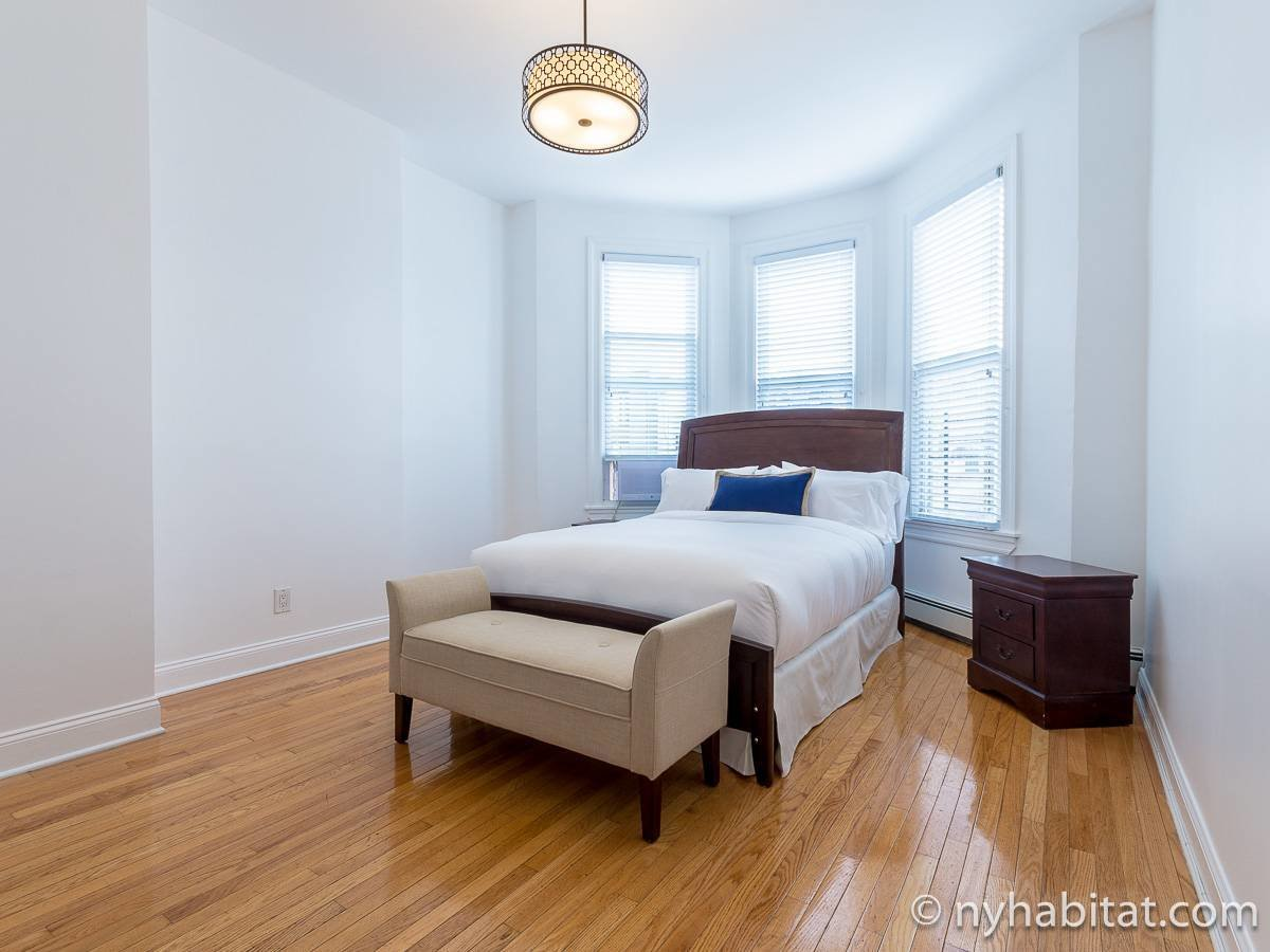 Best New York Apartment 3 Bedroom Apartment Rental In Bushwick With Pictures