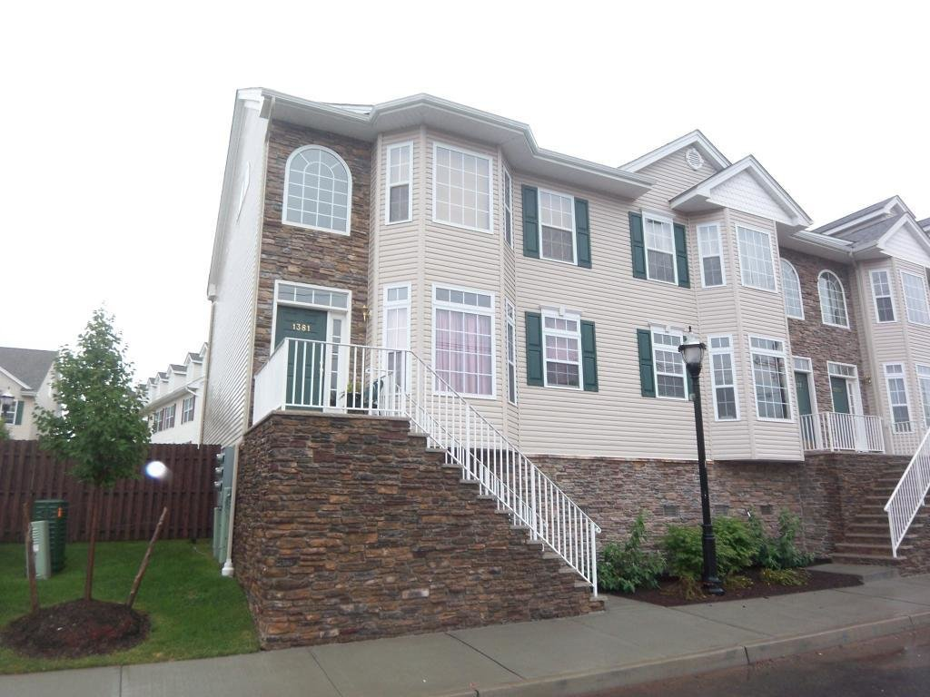 Best Beautiful Townhouse Available In New Jersey 1 Year Young With Pictures
