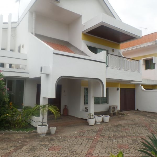Best 4 Bedroom Townhouse For Rent In Cantonments Houses For With Pictures