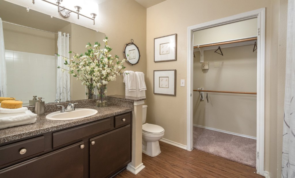 Best Apartments In Houston Tx The Ranch At Shadow Lake With Pictures