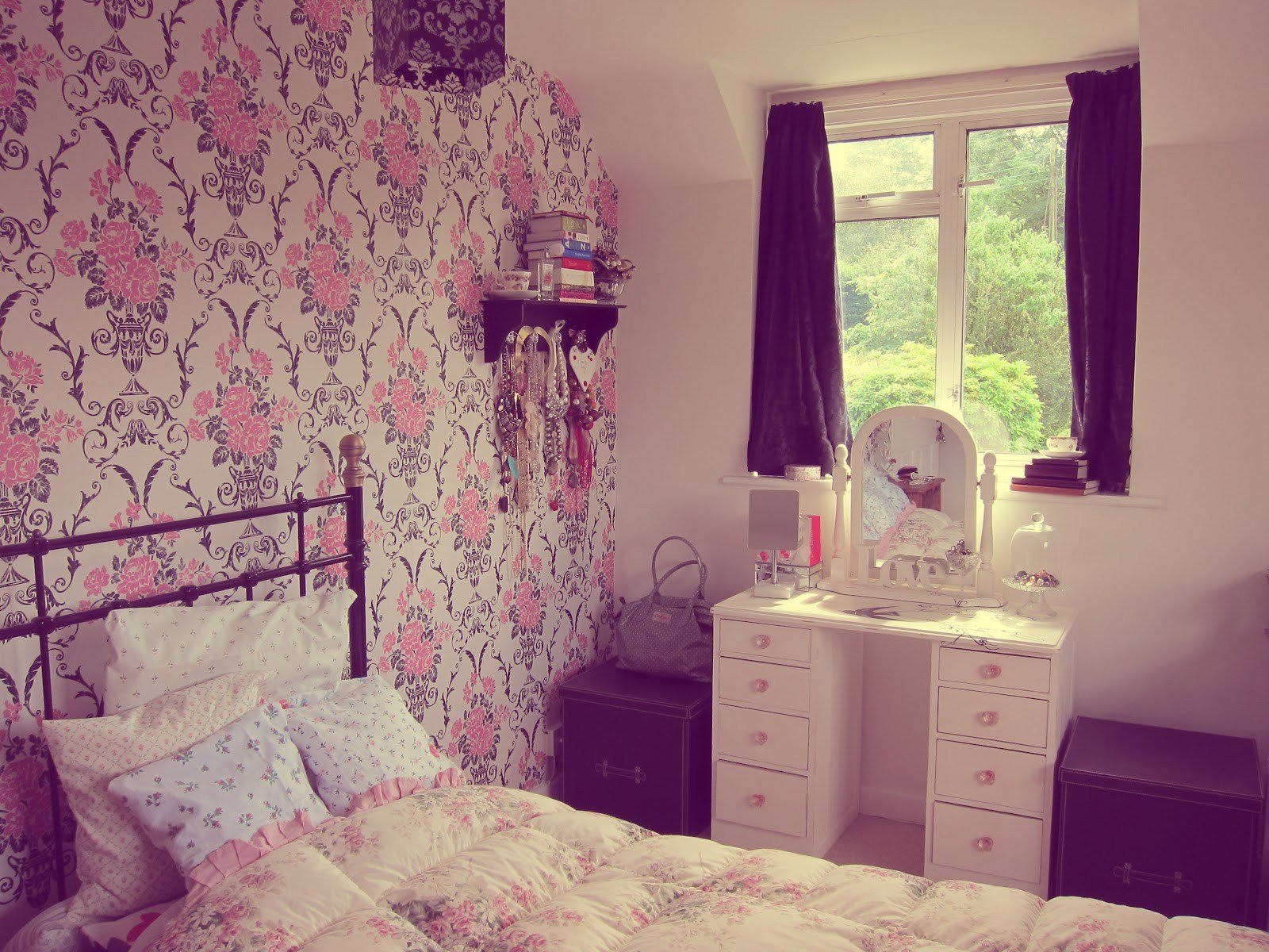 Best Vintage Bedroom Wallpaper Wallpaperhdc Com With Pictures