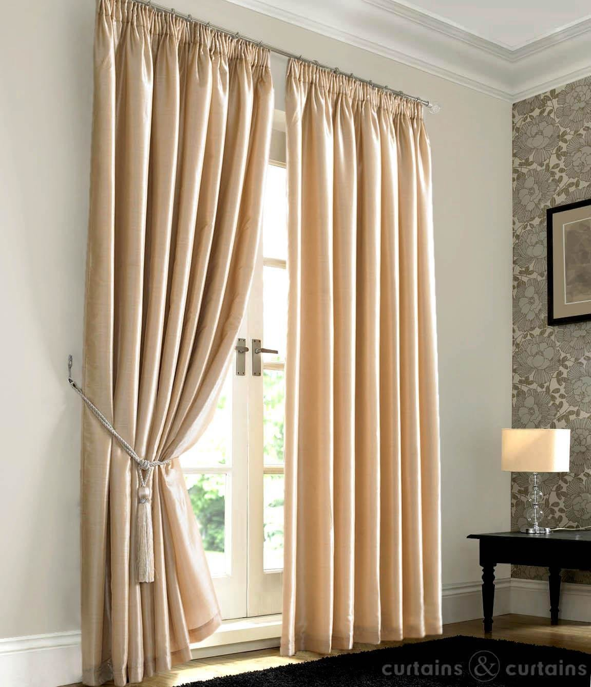 Best Cream Bedroom Curtains Decor Ideasdecor Ideas With Pictures