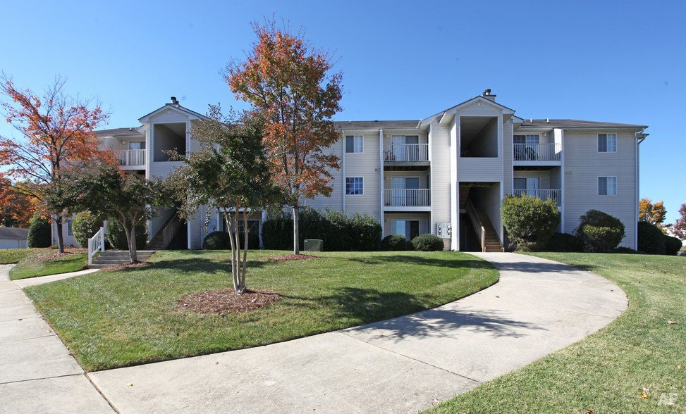 Best Treybrooke Village Greensboro Nc Apartment Finder With Pictures