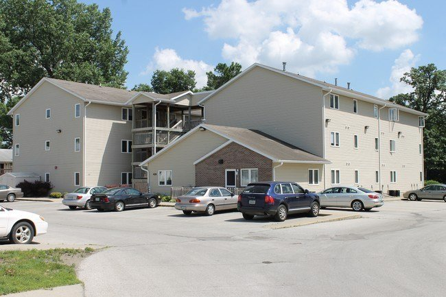 Best Stonecourt Apartments Ames Ia Apartment Finder With Pictures