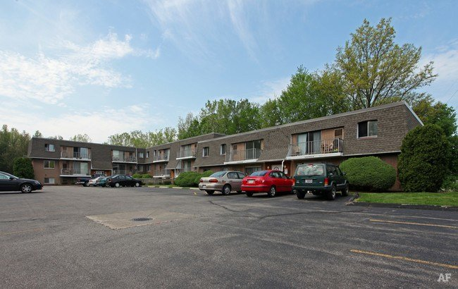 Best Lake Street Apartments Kent Oh Apartment Finder With Pictures