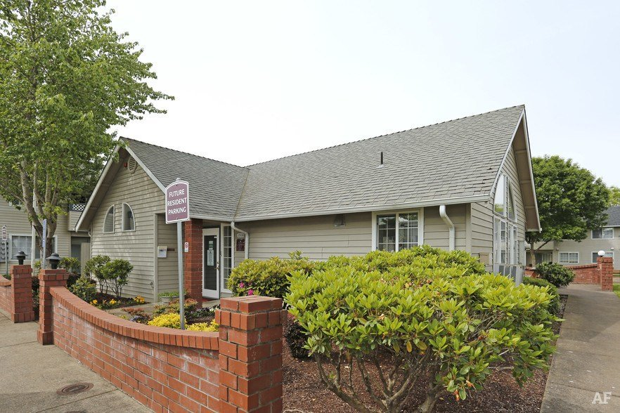 Best The Meadows Albany Or Apartment Finder With Pictures