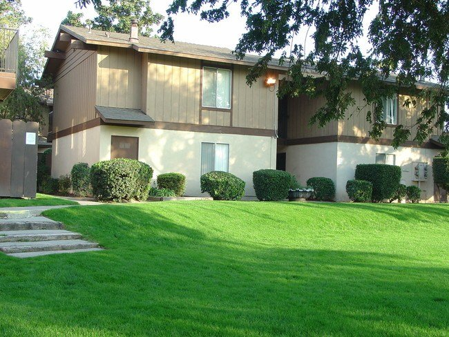 Best One Bedroom Apartments In Fresno Ca Cedar Woods With Pictures Original 1024 x 768