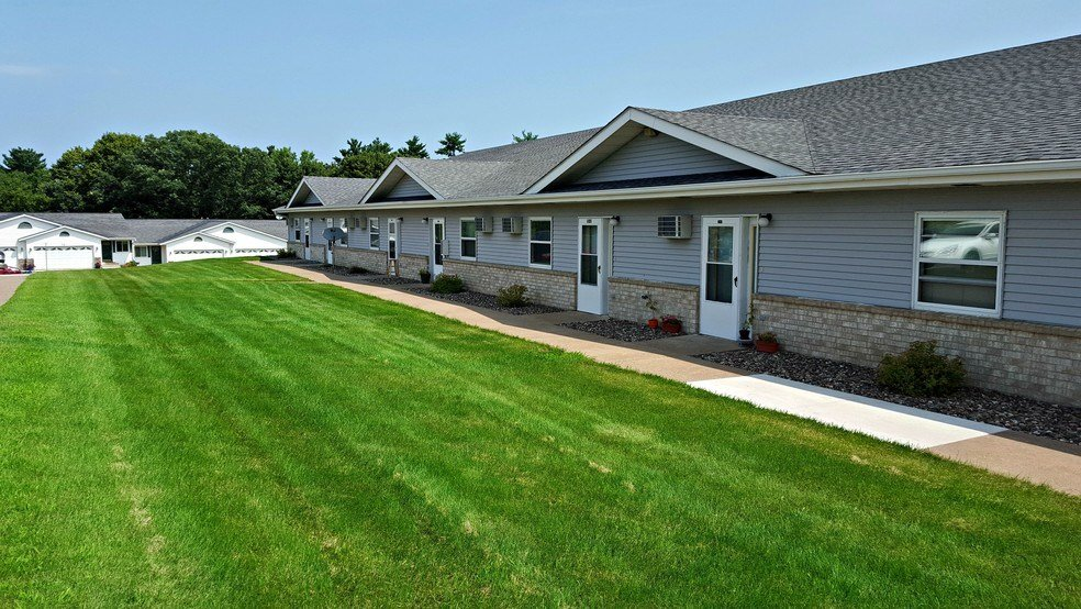 Best Pinedale Apartments Menomonie Wi Apartment Finder With Pictures