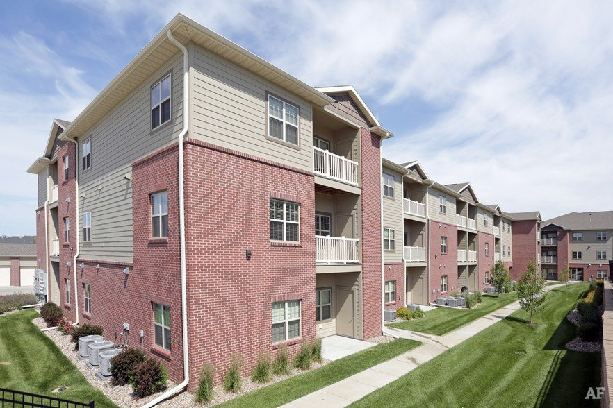 Best Summit Falls Phase 1 Lincoln Ne Apartment Finder With Pictures