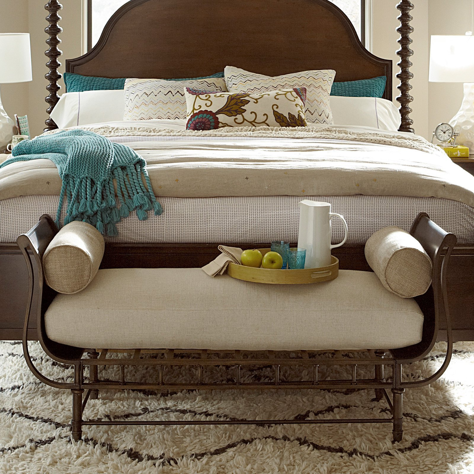 Best Universal Furniture Cordevalle Bed Bench Bedroom Benches At Hayneedle With Pictures