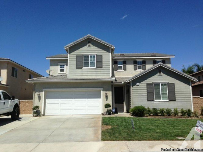 Best Stunning Eastvale 5 Bedroom 4 1 2 Bath 2003 Home For Sale With Pictures Original 1024 x 768