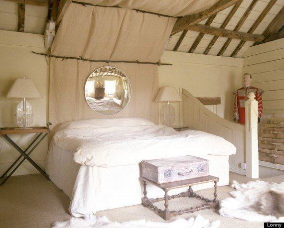 Best 8 Romantic Bedroom Ideas From Lonny That Will Totally Get With Pictures