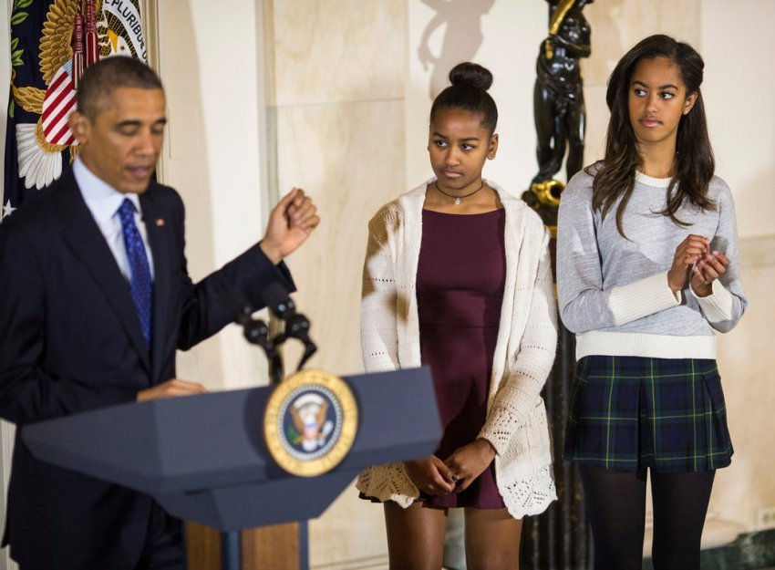 Best Sasha And Malia Obama See Barack Mice Obamas Love Story In Pictures Bedrooms Where Do Sleep Is With Pictures