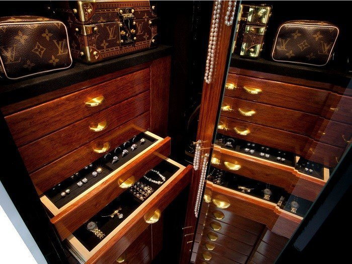 Best Luxury Safes For A High End Bedroom – Bedroom Ideas With Pictures
