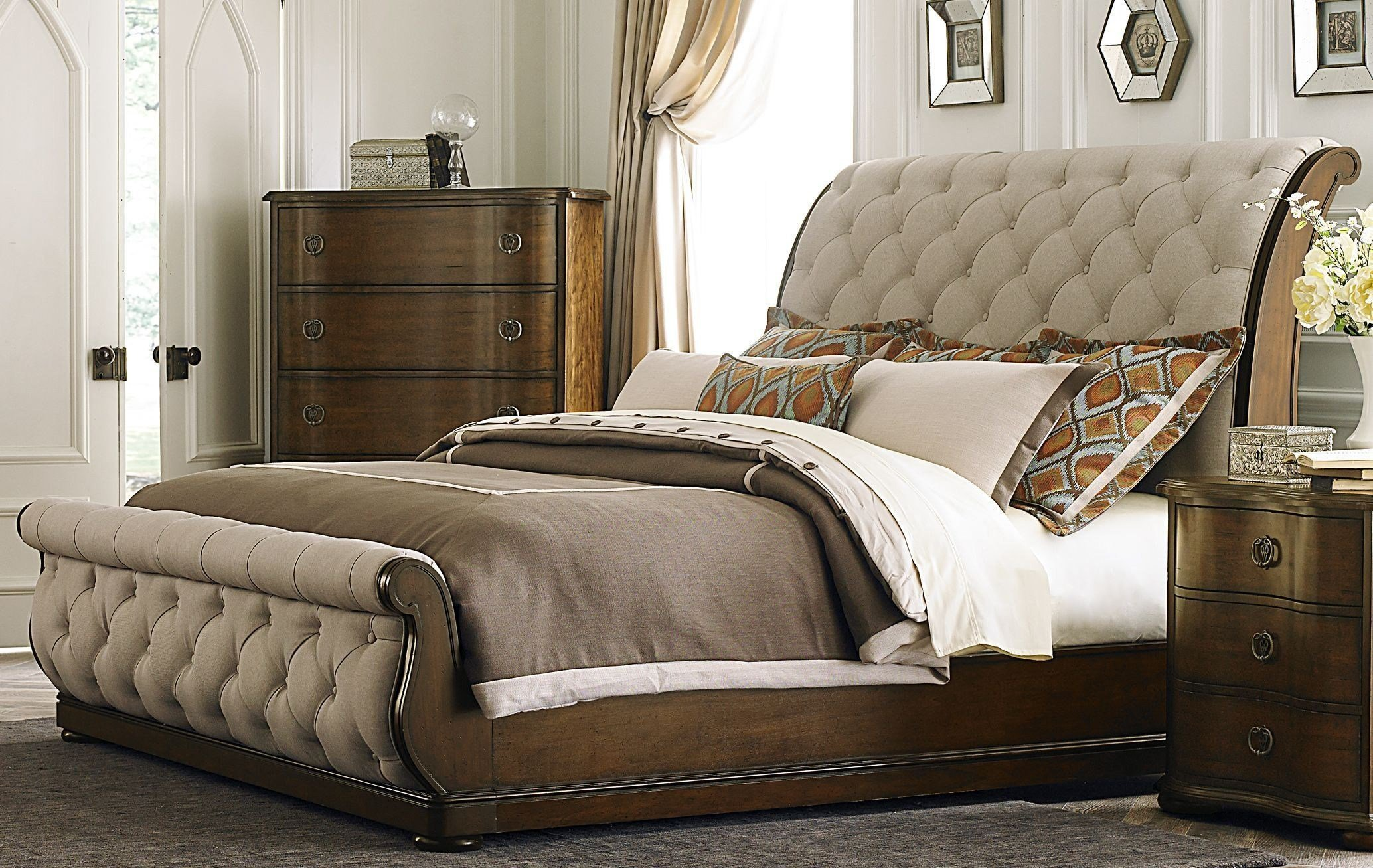 Best Cotswold Upholstered Sleigh Bedroom Set From Liberty 545 Br Qsl Coleman Furniture With Pictures