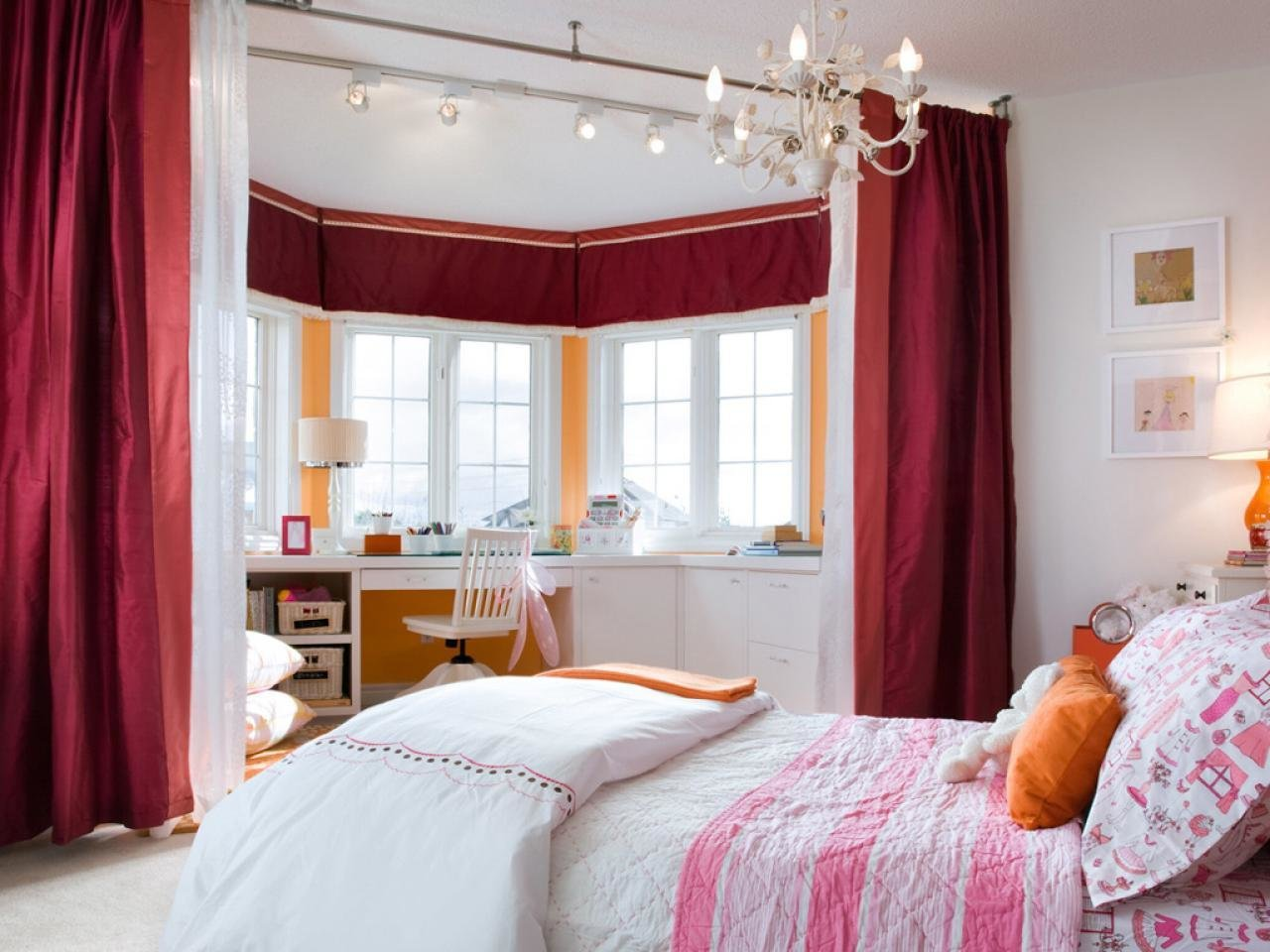 Best Girl S Bedroom Lighting Hgtv With Pictures