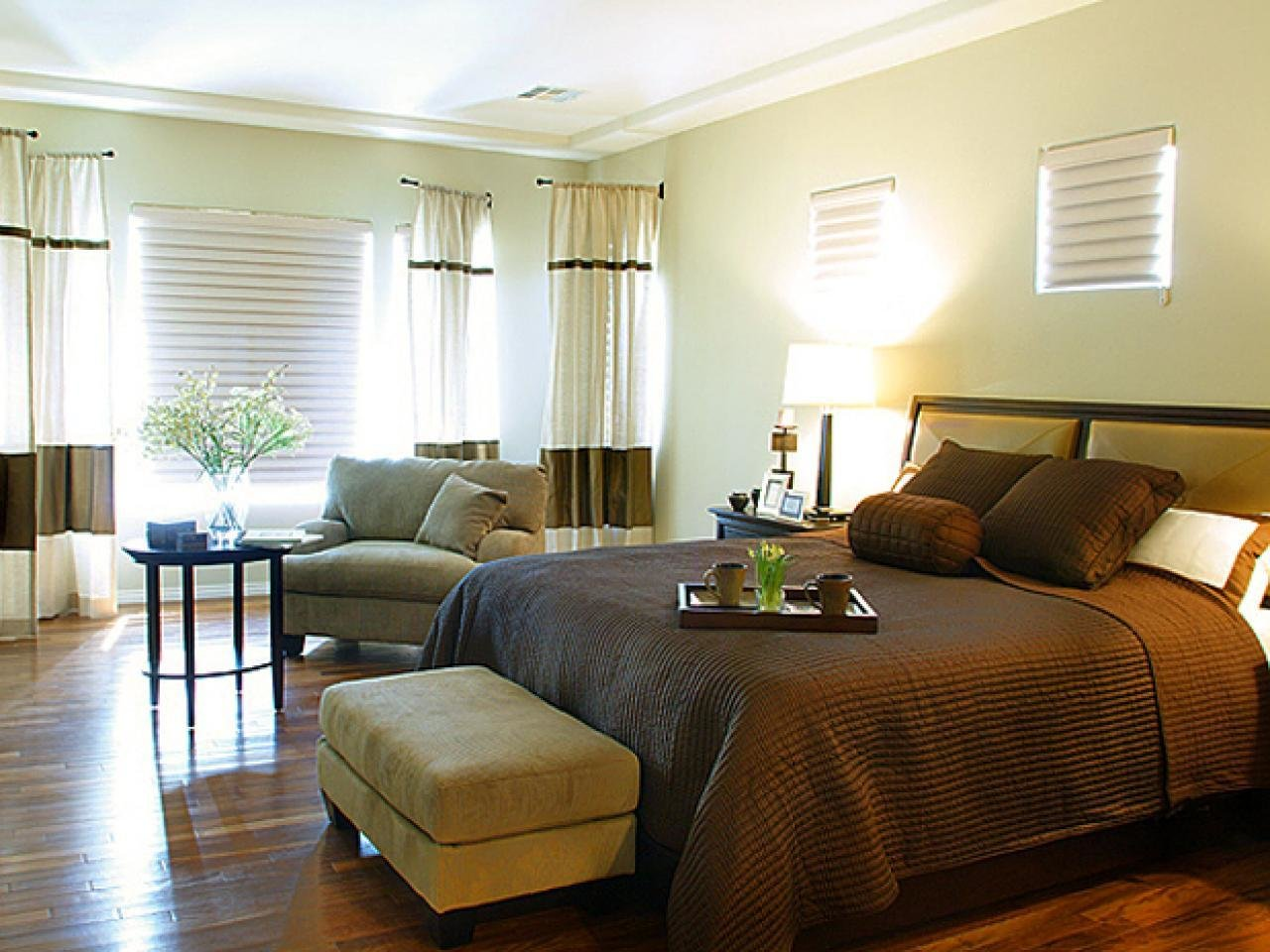Best Bedroom Layout Ideas Hgtv With Pictures
