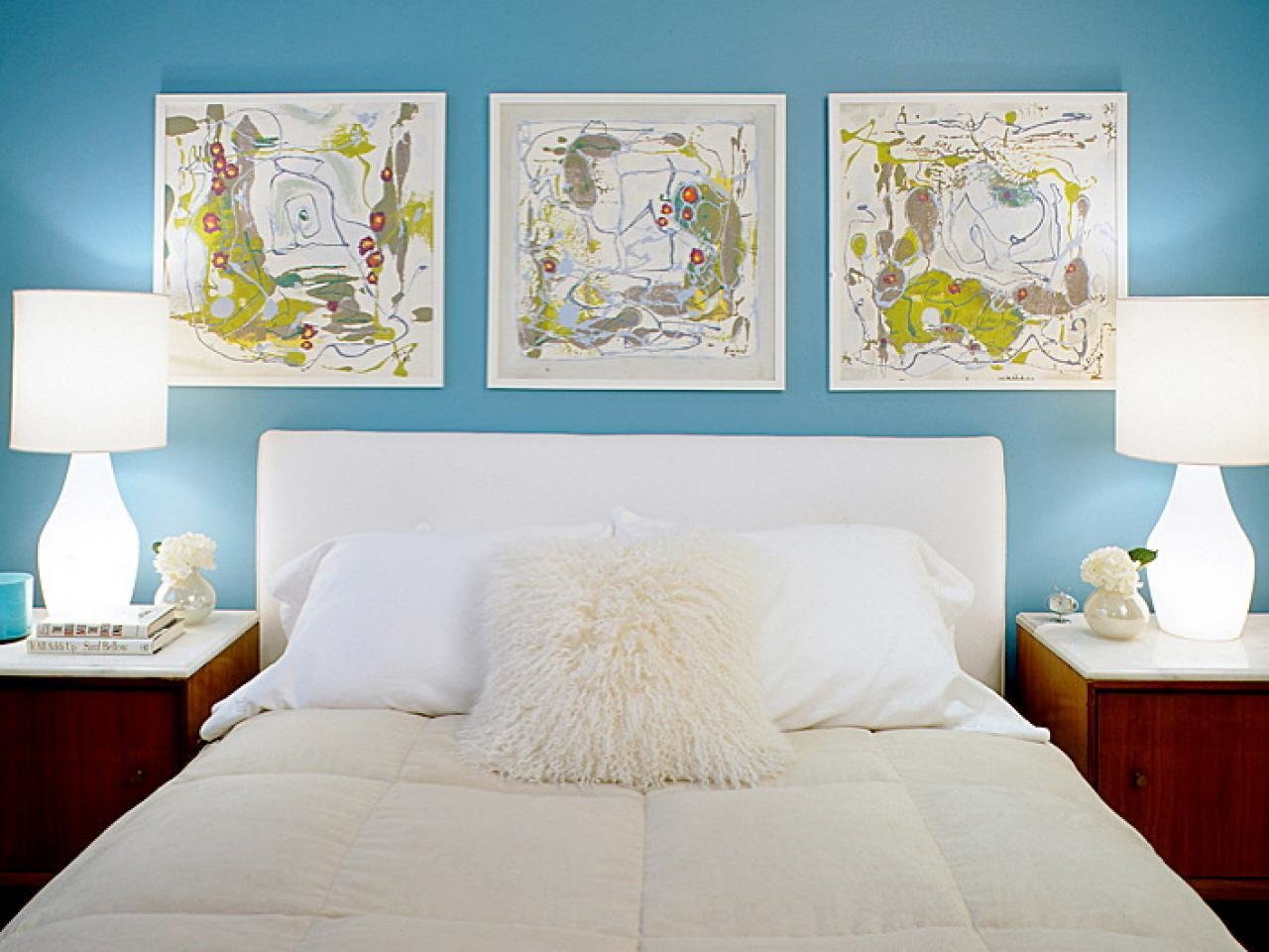 Best Decorating Ideas For Rooms With The Blues Hgtv With Pictures